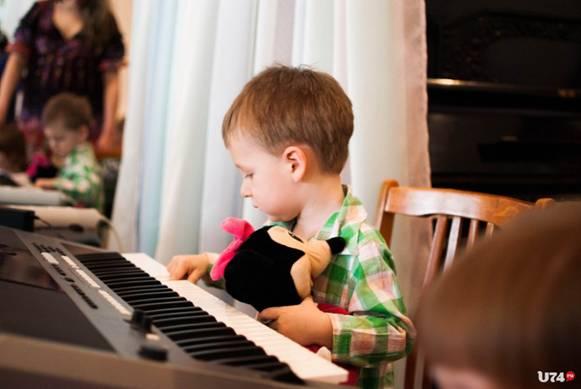Возьмите в помощники музыку
